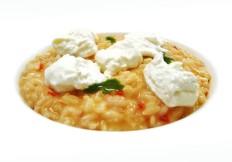 Risotto al pomodoro con burrata e gocce di basilico - www.boeucc-saronno.it - Ristorante Boeucc Saronno